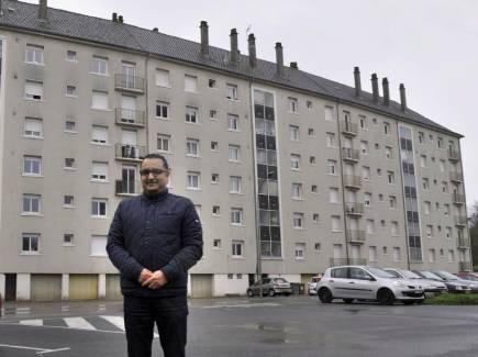 Dès la semaine prochaine, en collaboration avec les services d'Allier Habitat, Ramzy Khlaifi ira dans l'ensemble des 442 logements du quartier, afin de réaliser un état des lieux des qualifications ou besoins de formation des demandeurs d'emploi. - photos frédéric Rimbert