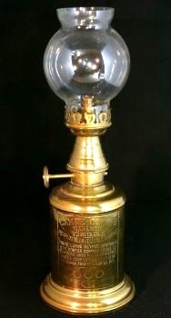 restauration de lampes a petrole anciennes