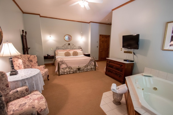 Luxury Rooms & Suites Lake George NY at Lamplight Inn Bed