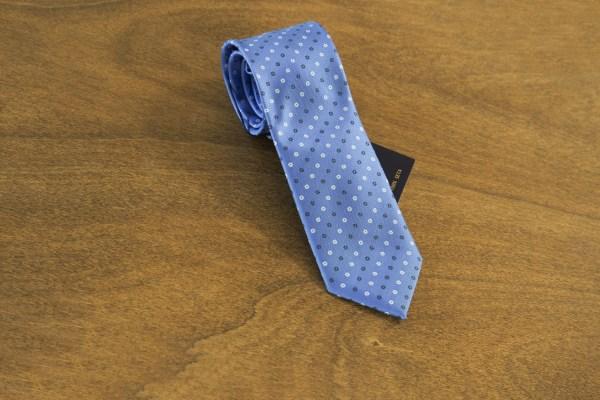 Cravatta fantasia fondo celeste mod. 165