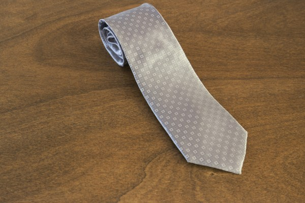 Cravatta fantasia fondo grigio chiaro mod. 226