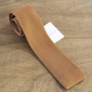 Cravatta in maglina fondo beige mod. 296