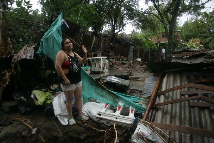 Nueva Esperanza: sin casas, entre el lodo y el olvido 2 3 abril, 2020