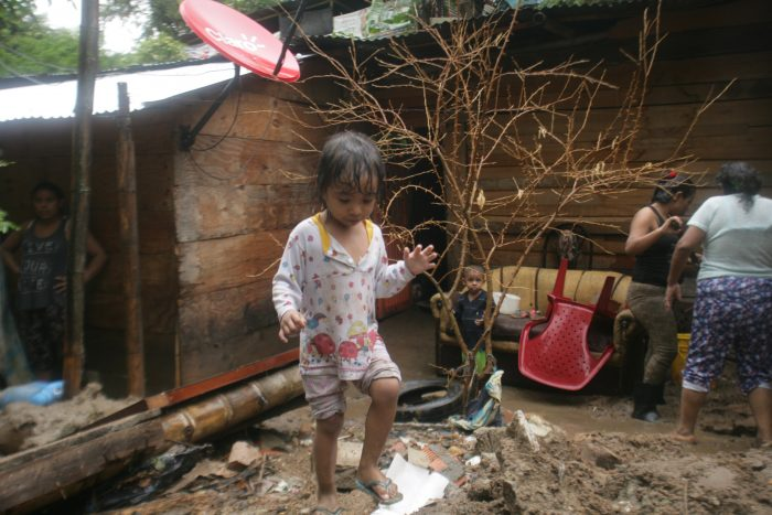 Nueva Esperanza: sin casas, entre el lodo y el olvido 3 3 abril, 2020
