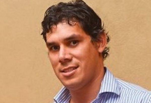 Luis Vera.