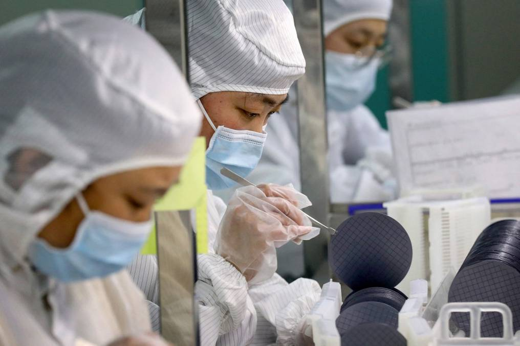 El gobierno chino está estudiando mezclar las vacunas para obtener un mejor resultado en la protección que brindan a los inmunizados. Foto: Archivo
