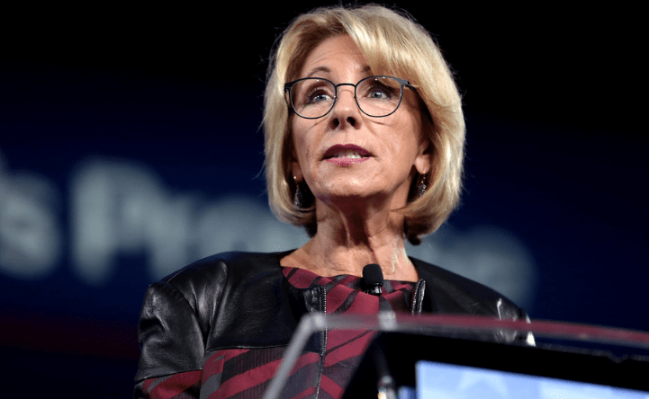 Betsy DeVos pleads with career Education Dept. staffers to 'resist' Biden