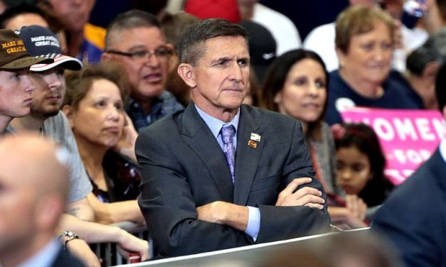 Legal experts and retired four-star general condemn Flynn for suggesting Trump declare martial law to stay in power
