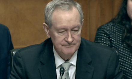 GOP senator 'remembers' fallen soldier by forgetting which war he served in