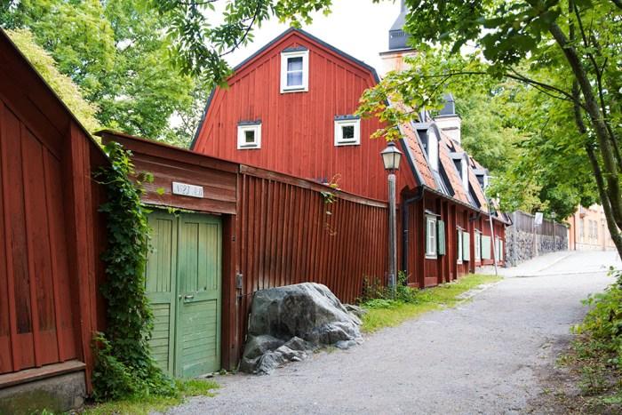 soders-hojder-gata-vid-norska-kyrkan