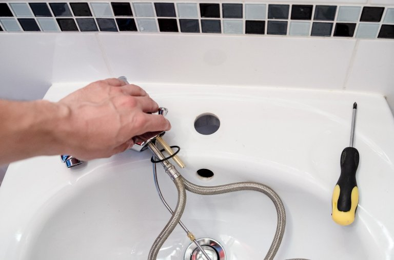 defective faucet