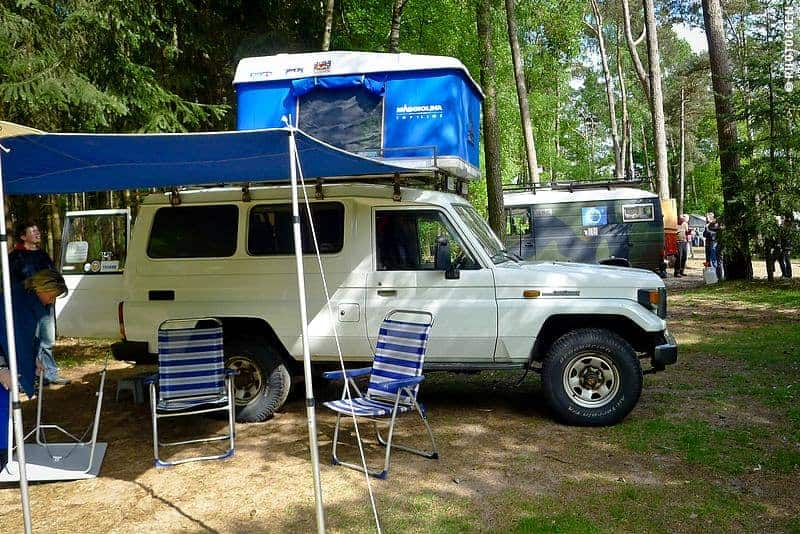 Land Cruiser 78 with Maggiolina Roof Tent & Why Traveling with a Roof Top Tent? And Which One? - Landcruising ... memphite.com
