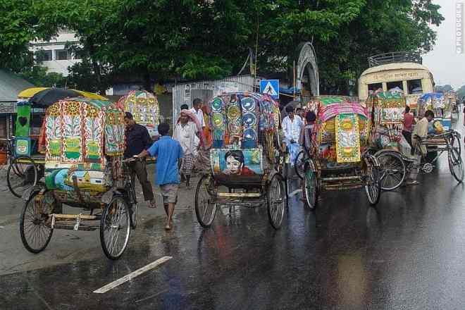 Rickhaws in Dhaka (©photocoen)