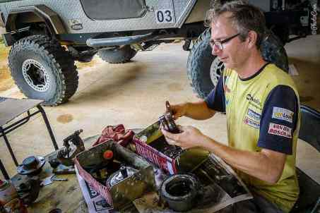 Thank you Elmer, for helping we fix the Land Cruiser in Boa Vista, Brazil.