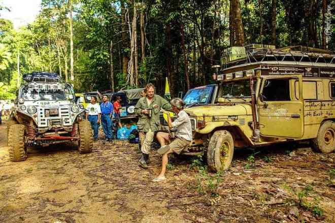 Camping at the Rainforest Challenge [©photocoen]