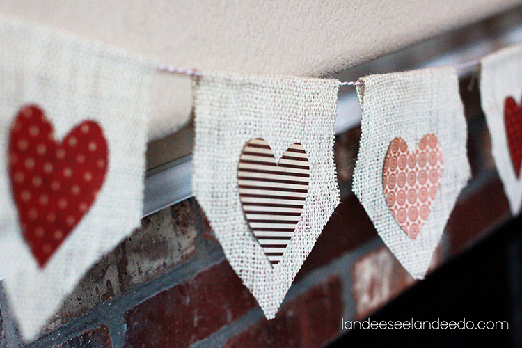 Quick and easy valentine decorations with this darling burlap banner! #valentinesdaydecorations #valentinesday #valentinedecor #diygarland