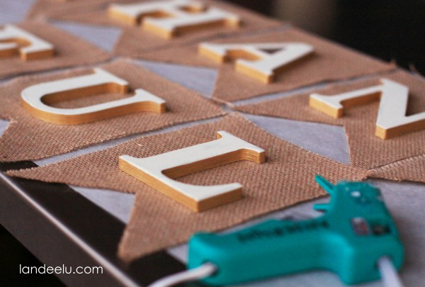 Easy Burlap Thanksgiving Bunting with chipboard letters