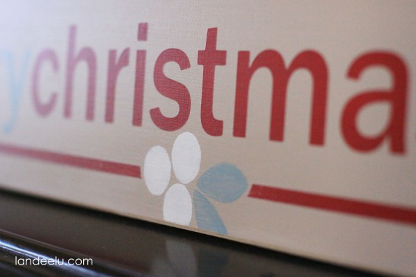 Tiny Prints inspired Christmas sign detail