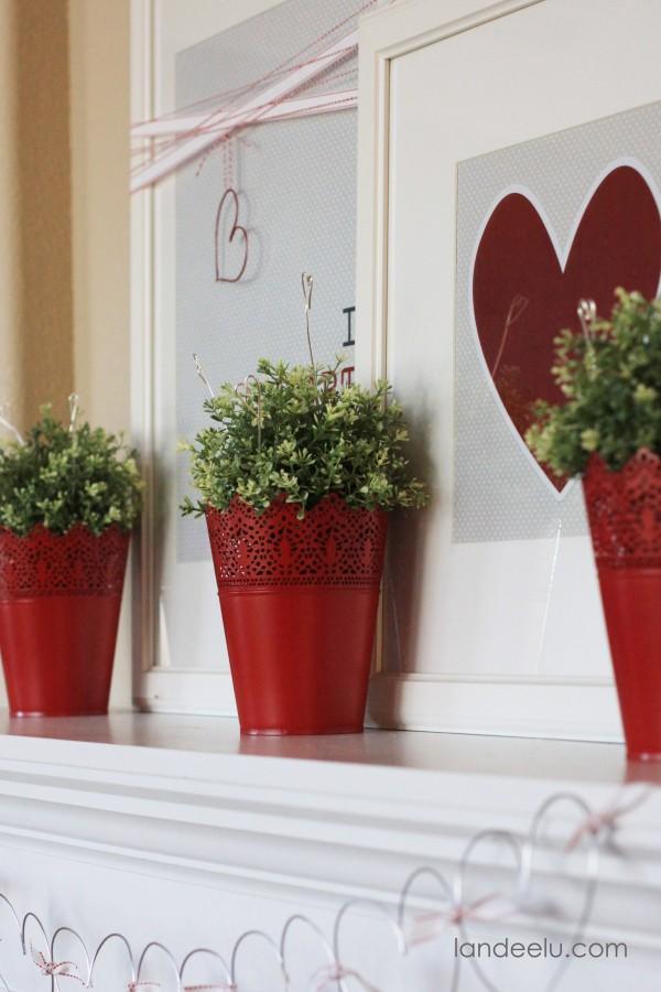 Valentine's Day Mantel Decoration