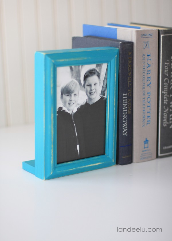 DIY Picture Frame Bookends Tutorial