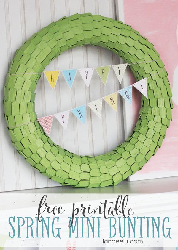 Free Printable Spring Mini Bunting - Perfect finishing touch for a darling DIY wreath! via Landeelu