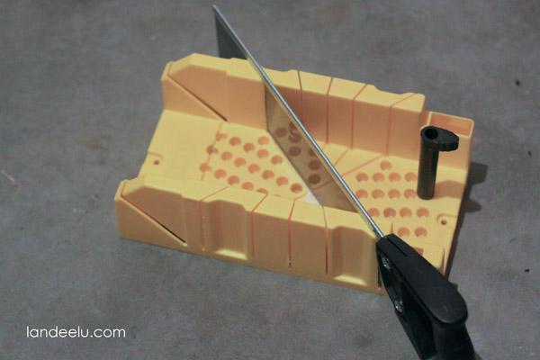 DIY Ombre Ruler Wall Arrows from landeelu.com