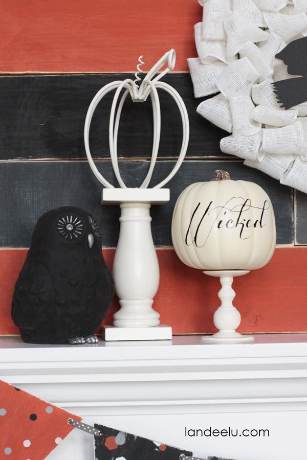 A Handmade Halloween Mantel  | landeelu.com