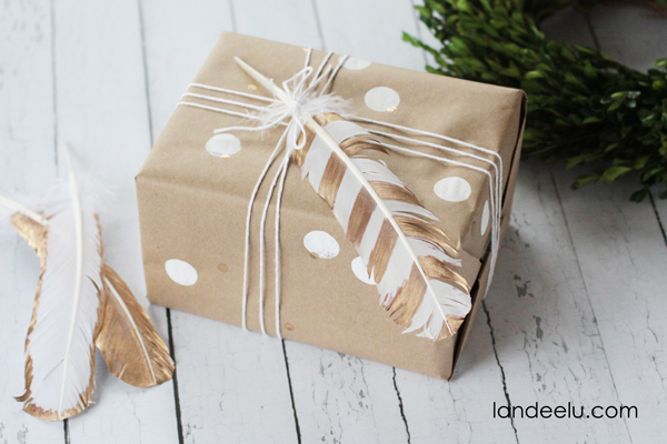 Gold Leafed Feather Gift Wrapping Idea | landeelu.com