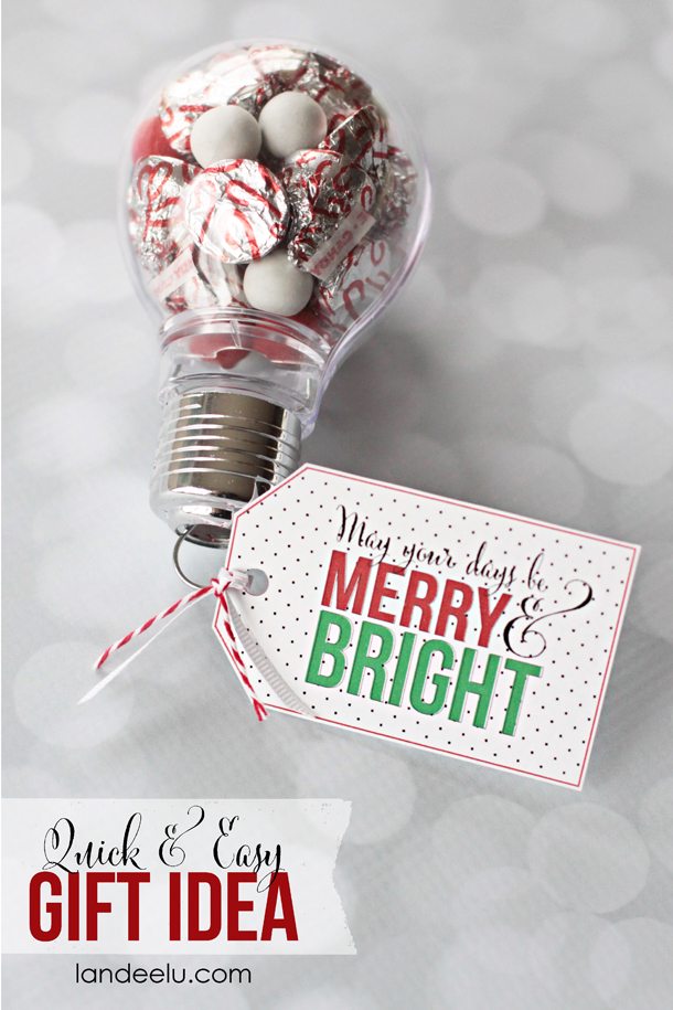 Merry & Bright Free Printable Christmas Gift Tags | Landeelu - Would be perfect for teachers (with a gift card attached) or neighbors!