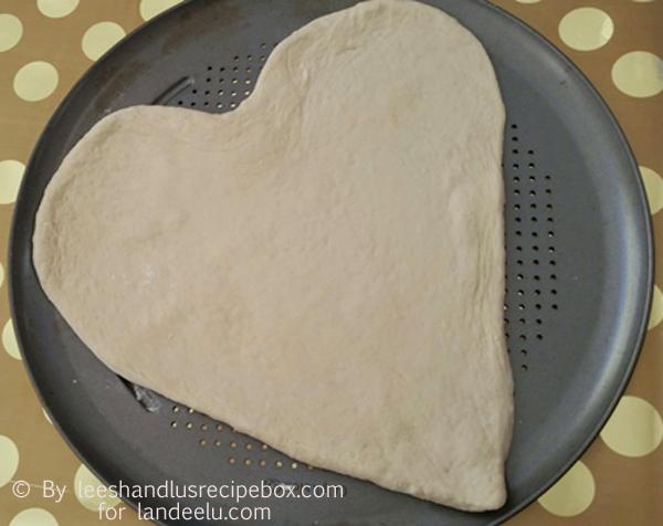 Heart Shaped Pizza  (6)