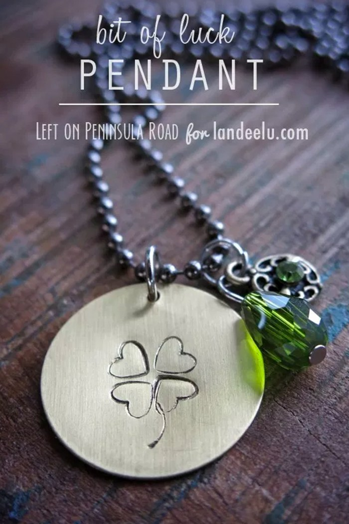 Bit of Luck Hand-Stamped Pendant by Left on Peninsula Road for Landeelu #stpatricksday #stpatricksdaycraft #stpatricksdayidea #jewelrycraft