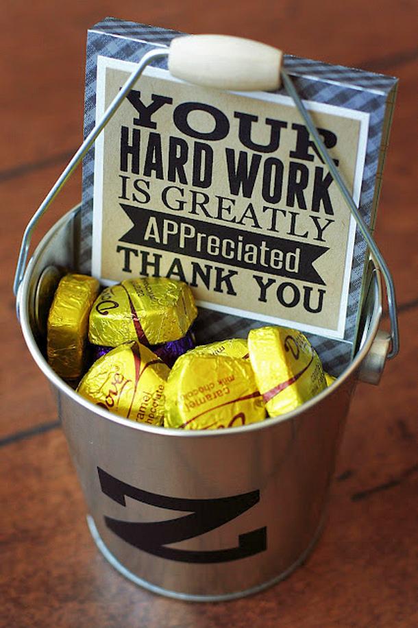 eighteen25 teacher appreciation gift card holder APP reciated