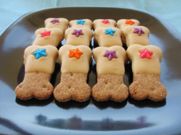 homemade-peanut-butter-dog-treats-recipe- peanut butter dog treats dot org