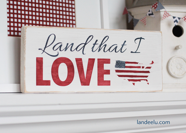 4th of July Sign: How to Hand Paint a Sign Using a Vinyl Stencil | landeelu.com Great tutorial on how to hand paint a sign like a pro!