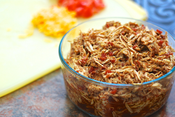 Crockpot Spicy Shredded Chicken for Tacos via SHORTSTOPBLOG