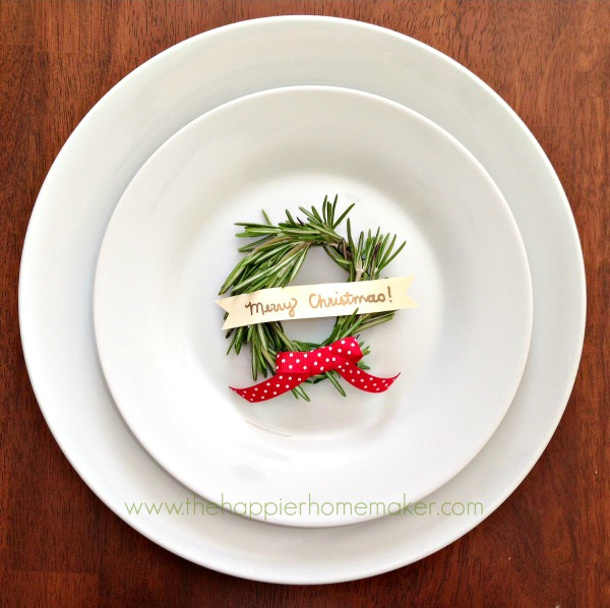 Rosemary Wreath Placecard Tutorial via The Happier Homemaker