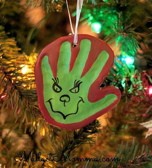 Homemade-air-dry-clay-grinch-hand-print-ornament--midget momma