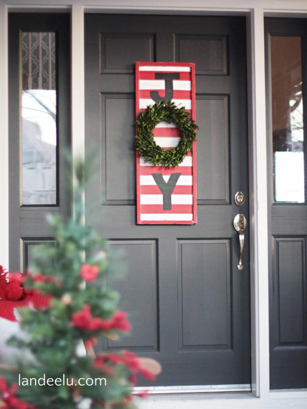 Landee-JOY-Christmas-Sign