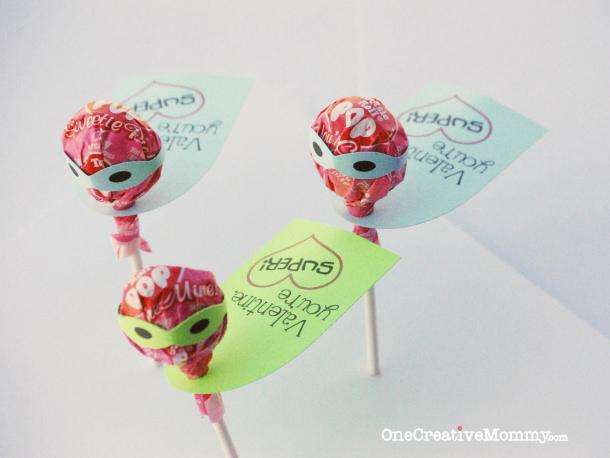 DIY Valentines - Tootsie-Pop-Valentine-Youre-Super-with-Free