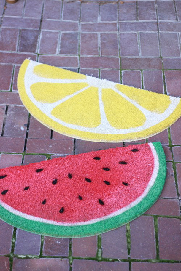 watermelon-and-lemon-welcome-mats house that lars built