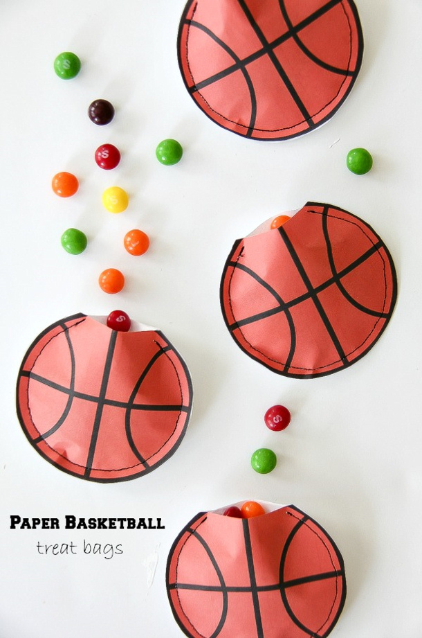 DIY Paper Basketball Treat Bags Tonya Staab (2)