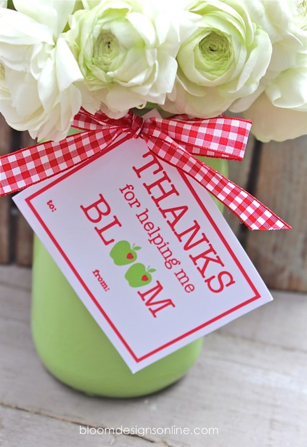 DIY Projects - Thanks for Helping Me Bloom Skip to my Lou Teacher Appreciation Gift Free Printables to attach to a pretty bouquet of flowers for the Teacher