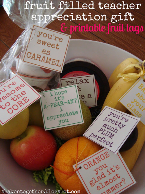DIY ideas - Teacher Appreciation FREE PRINTABLE gift tags and fruit bowl gift ideas via shaken together blog