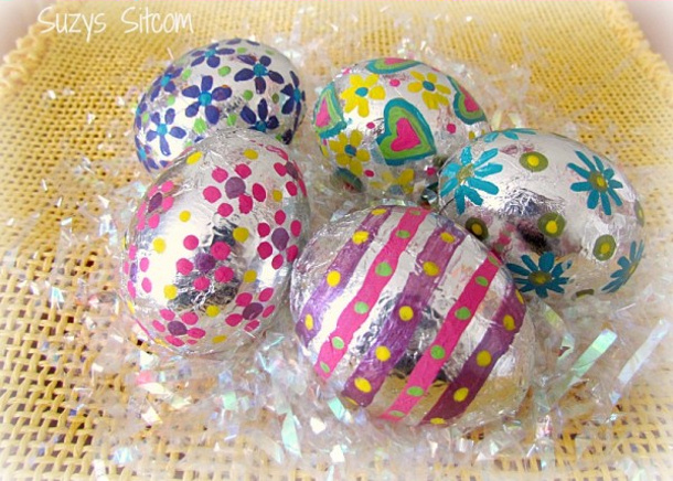 foil-easter-eggs via suzys sitcom