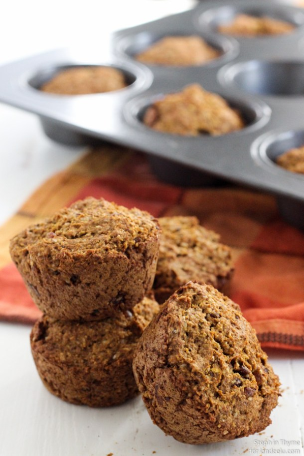 Healthy Snacks Recipes - Gluten Free Dairy Free Egg Free Vegan Healthy Pumpkin Muffins Recipe - perfect for after school or before a workout - Recipe via Landeelu