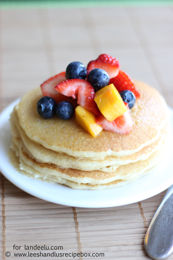 Whole Grain Blender Pancakes (43) landeelu