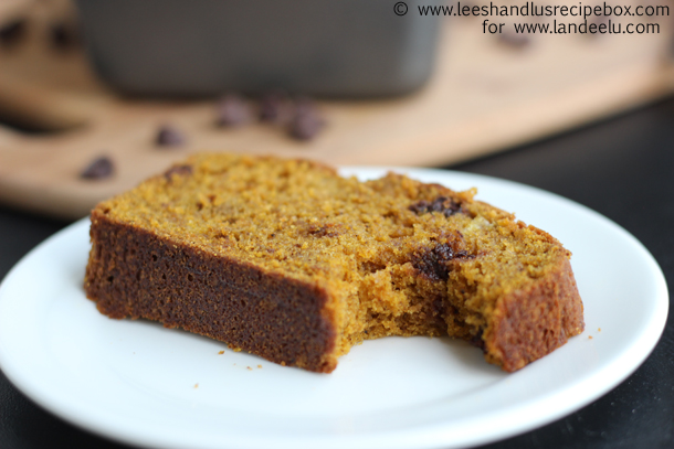 pumpkin-chocolate-chip-bread-19-landee