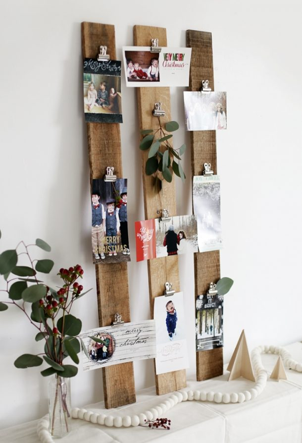 DIY Wooden Pallet Slats and Binder Clips Christmas Card or Photo Display Tutorial | The Merry Thought