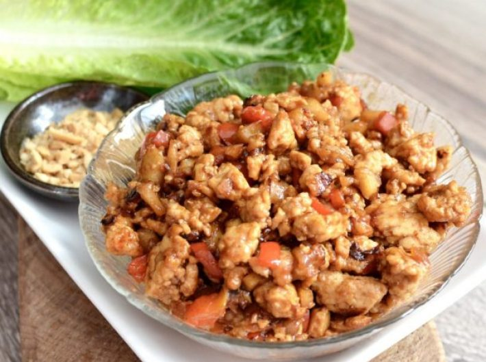 Asian Chicken Lettuce Wraps (better than P.F. Chang's) Healthy Dinner Recipe via Joy Food Sunshine