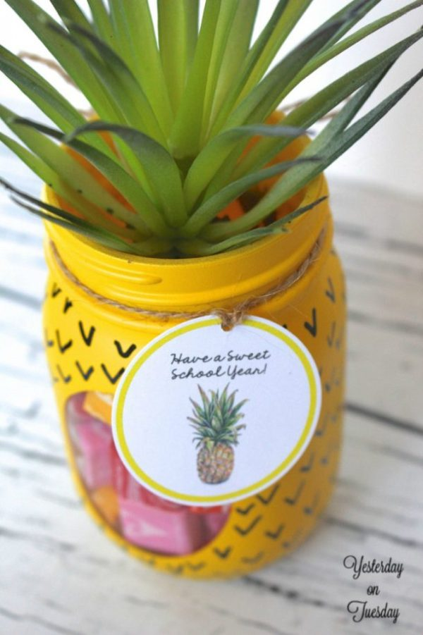 """Have a Sweet School Year"" Pineapple Gift Tag Printables 